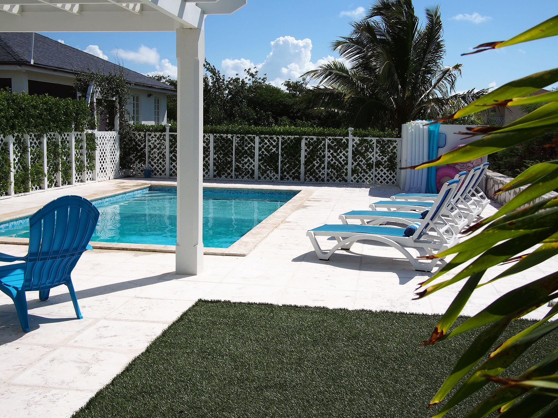 La maison Bleu - turquoise - Turks and Caicos Rental